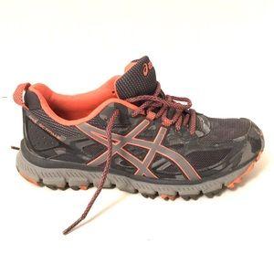 Asics women's gel-scram 3 Trail runner sz 6.5 EUC